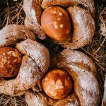 Sauerteig - Brotkränze zum Osterbrunch