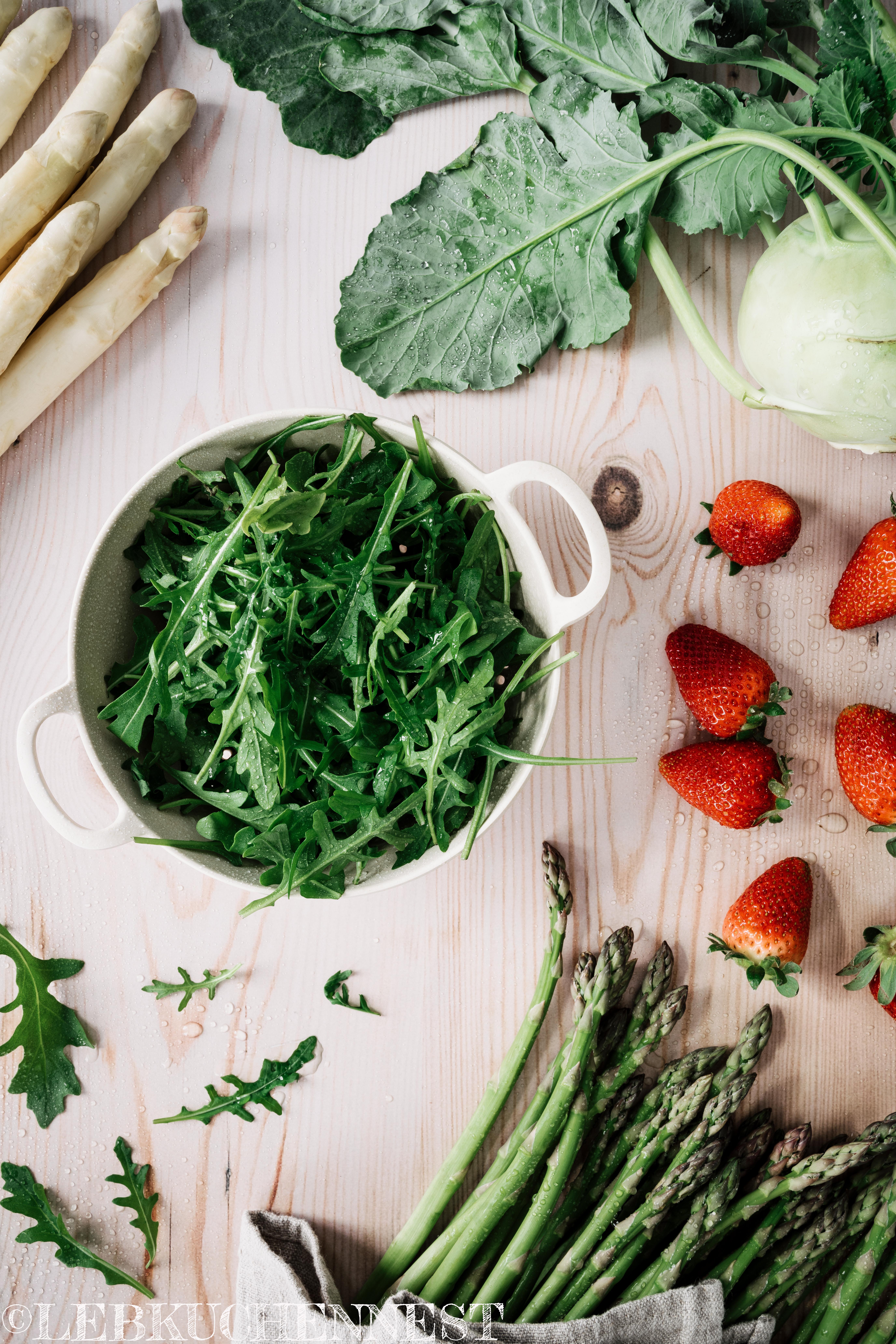 Einkaufsliste: Spargel, Kohlrabi, Erdbeeren